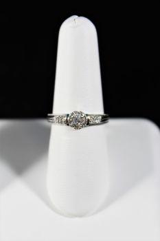 Ladies 14K White Gold Diamond Engagement Ring - 1/4Ct - Size 7