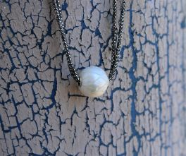Sterling Silver Hand-Carved Pearl Necklace - Galatea