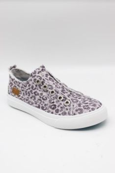 Go The Distance Sneakers - Grey Leopard