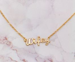 Wifey Necklace - Gold