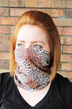 Adult Seamless Neck Gaiter - Cheetah Print