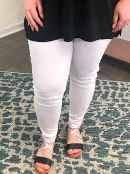 Meant To Be Jeggings In Plus - White