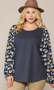 Set You Free Top In Plus - Navy