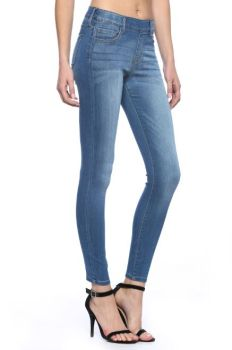 Call You Back Pull-On Skinny Jeans - Medium Rinse