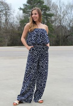 Eye On You Jumpsuit - Navy