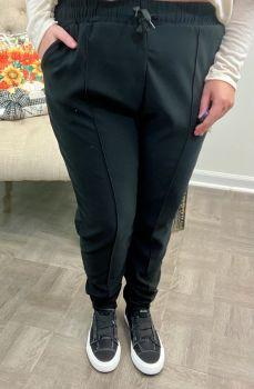 Unbothered Traveler Pants - Black