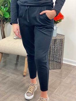 Can't Find Another Ankle Pants - Black