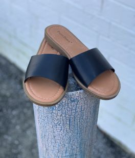 Fast Lane Sandals - Black