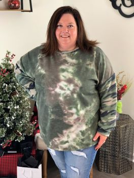 Hunting For Love Plus Top - Green